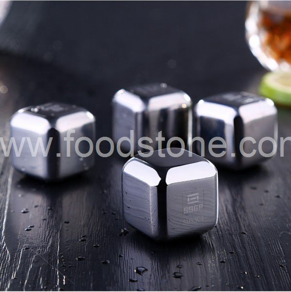 Engraving Stainless Steel Ice Cubes (2)
