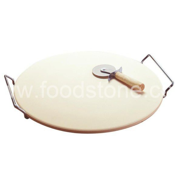 Round Pizza Stone With Pizza Cutter